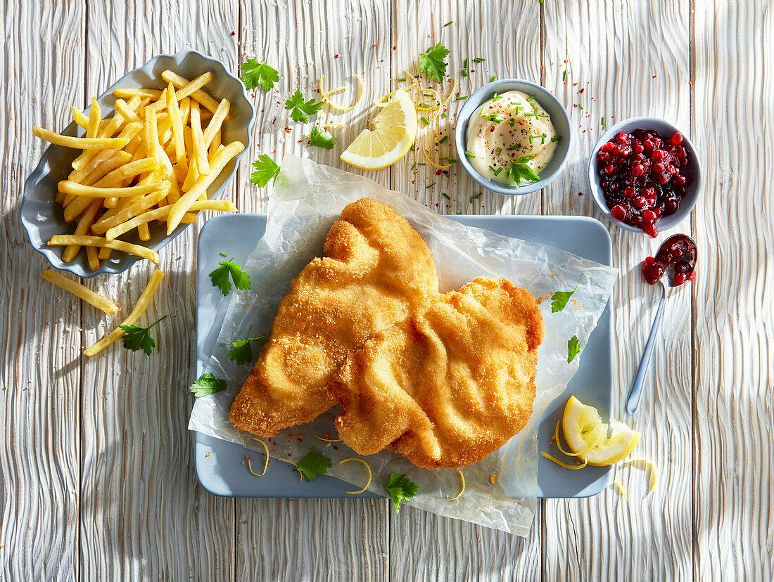 Introducing one of the national dishes of Austria: the viennese schnitzel