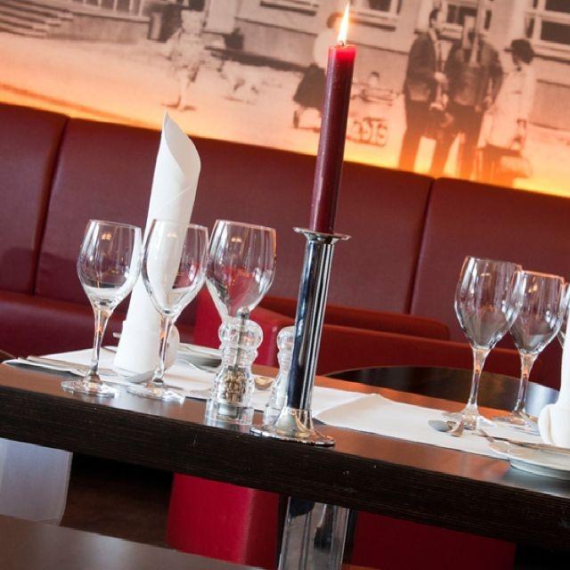 restaurant die schule aus berlin speisekarte mit bildern bewertungen und adresse. Black Bedroom Furniture Sets. Home Design Ideas