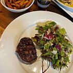 Beef GrillClub by HASIR Adenauer Platz food