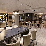 The Spotted Stag- Doubletree By Hilton inside