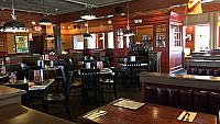 Uno Pizzeria Grill Springfield Boston Road