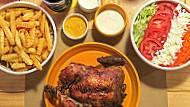 Primos Chicken Bar La Molina food