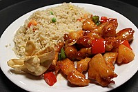 Red Corner Chinese Diner