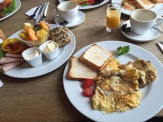 Ox Hotel Cafe Bar Restaurant