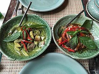 sila thai düsseldorf karte Sila Thai aus Düsseldorf Speisekarte mit Bildern & Bewertungen