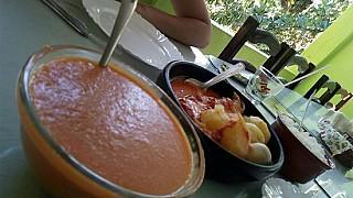Restaurante Frente De Quintal