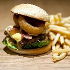 burger house aus m nchen speisekarte mit bildern bewertungen und adresse. Black Bedroom Furniture Sets. Home Design Ideas