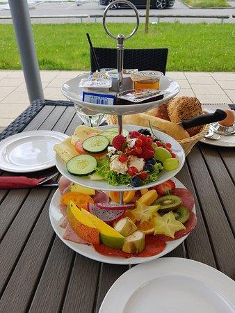 Edison Cafe Neu Ulm Frühstück
