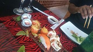 Oyshiki Fusion Resto & Vinos