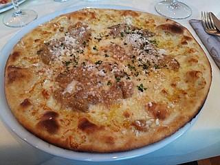 Italienisches Restaurant und Holzofenpizzeria