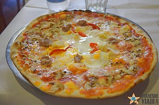 Pizzeria La Roma