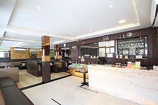 Empire Restaurant (RT Nagar)