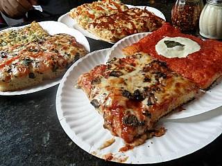 Pinochio Pizza Service