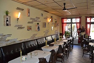 pizzeria verona aus bad homburg vor der h he speisekarte mit bildern bewertungen und adresse. Black Bedroom Furniture Sets. Home Design Ideas