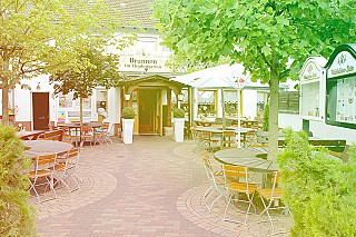 Brunnen im Hopfengarten - Deutsch Italienisch