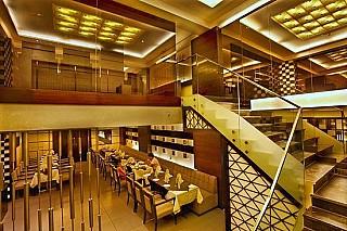 1 The Restaurant