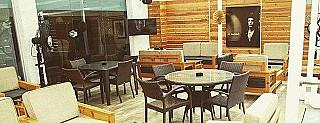 411 Restaurant