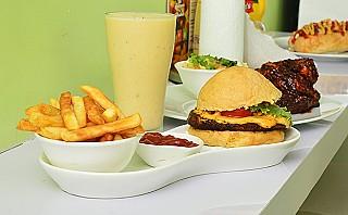 Burgers 'n' Shakes
