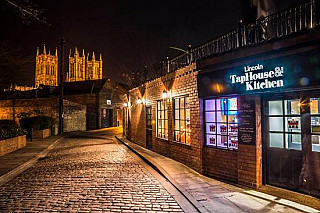 The Lincoln Taphouse
