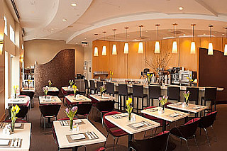 NM Cafe by Neiman Marcus - Short Hills