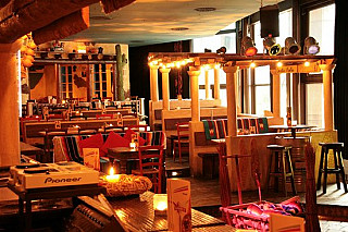 Cantina Restaurant y Cocktailbar