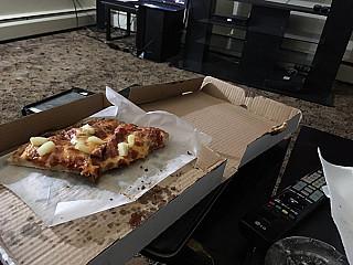 Day & Night Pizza
