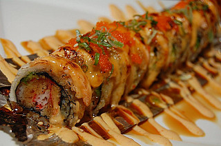 Red Thai and Sushi