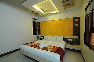 Hotel Gopal & Restaurant