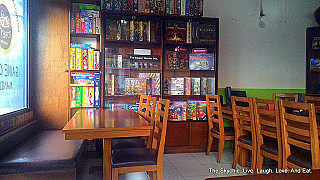 TOBEY'S GAMES CAFE