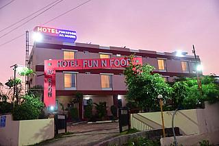 Hotel Fun N Food
