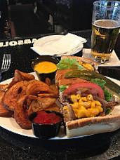 Primetime Sports Bar Grill