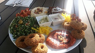 Falafel und Mehr