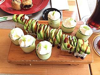 HENKAKU Sushi & Asiatisches Restaurant