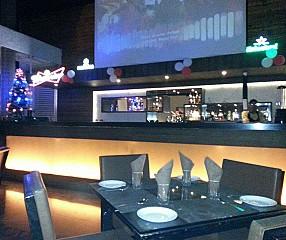 RiverDine Restaurant & Bar