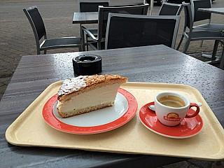 Bäckerei Bauder Café