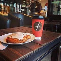 Cafe Les Moulins La Fayette de Valleyfield
