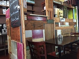 Gutz Cafe