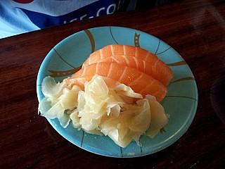 Sushi Station From Carindale Menu Você pode pegar refrigerantes japoneses, pudins, gelatina, praticamente qualquer coisa. foodlocate