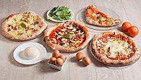 Roccos Pizzas Treats