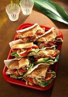 Foto der Schale Thunfisch Sandwich