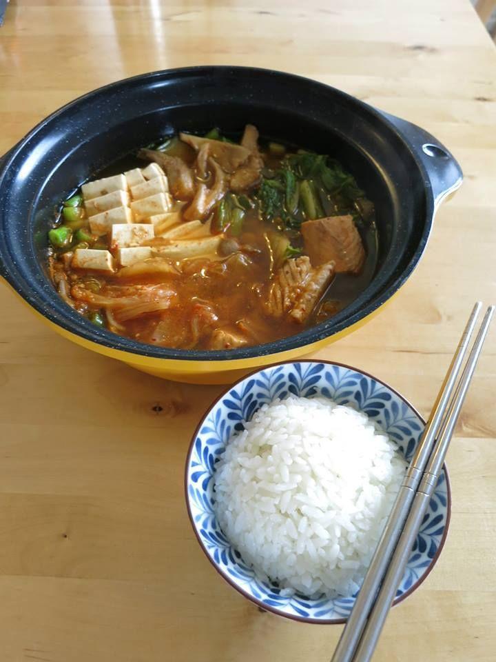 Foto der Schale Kimchi-Suppe