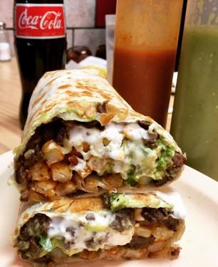 Combo Hamburguesa Doble Carne con Jalapeños Fríjol Refrito y Guacamole
