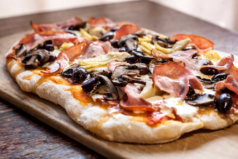 Foto der Schale Pizza Camillo