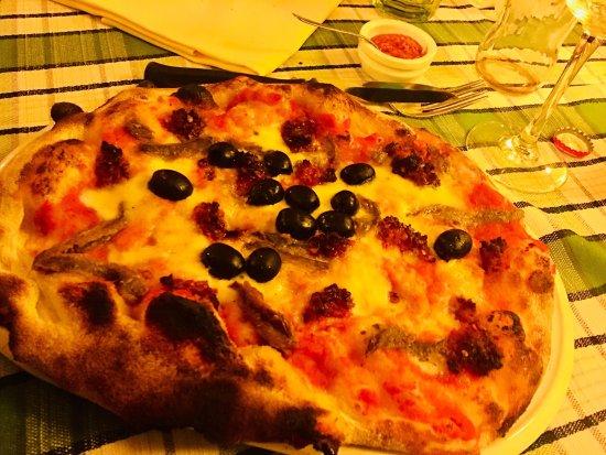 Foto der Schale Pizza Emiliana