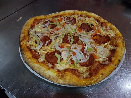 Foto der Schale Pizza Lambada