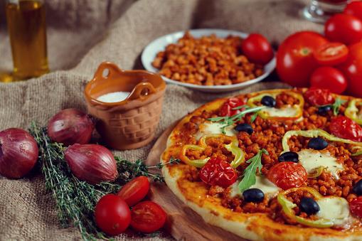 Foto der Schale Pizza Bolognese