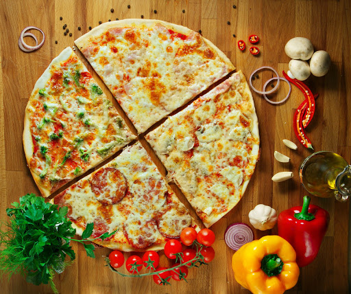 Foto der Schale Pizza Quattro Stagioni