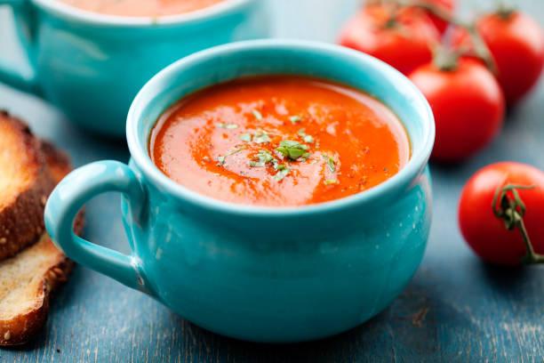 Foto der Schale Tomatensuppe
