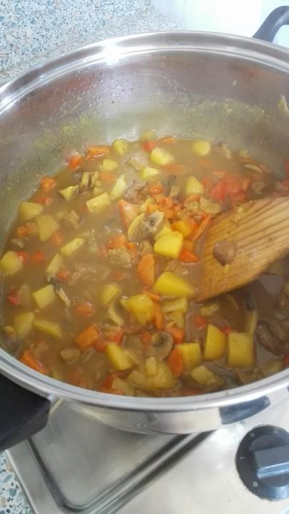 Foto der Schale Rindfleisch - Curry