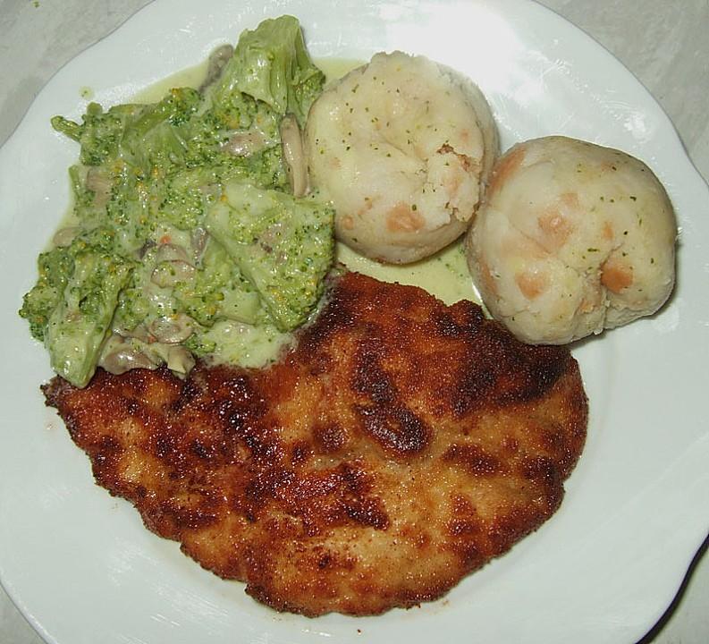 Foto der Schale Schnitzel Broccoli